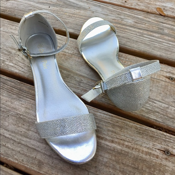 312e5407133ac Shoes | Dream Pairs Ingrid Ankle Strap Sandals Silver | Poshmark